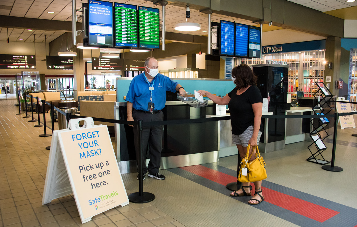 Airports Push Necessity of Masks in Uneven Regulatory Landscape