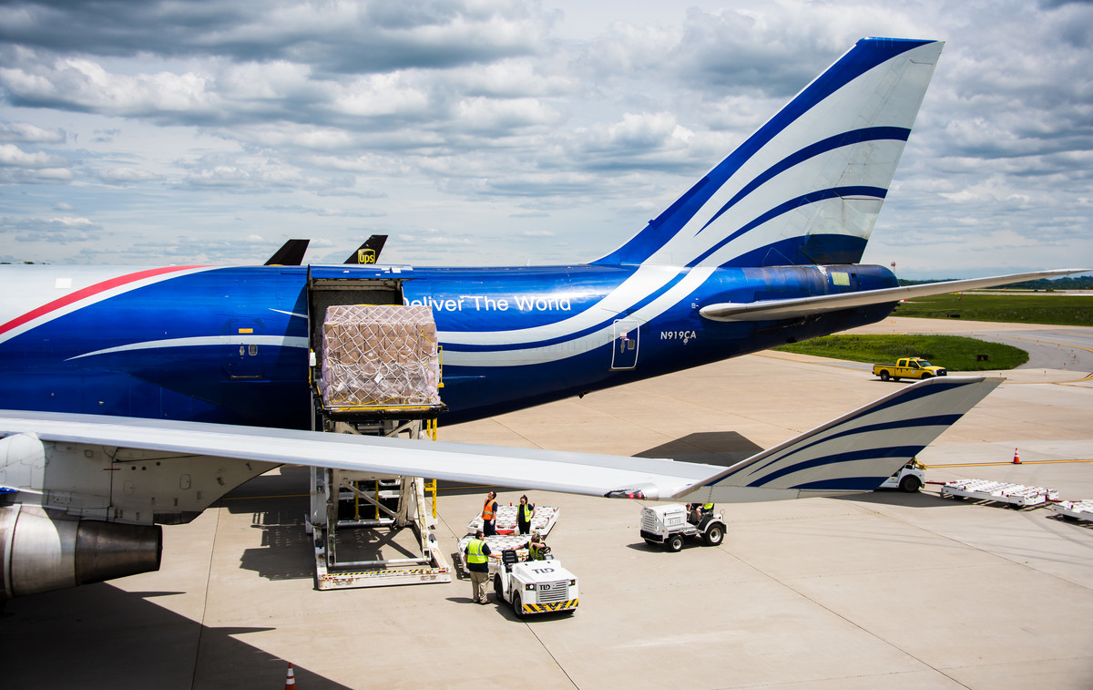 Aviation Industry Experiencing Cargo Crunch